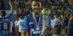 Jogador uruguaio Maxi Pereira morre aos 27 anos